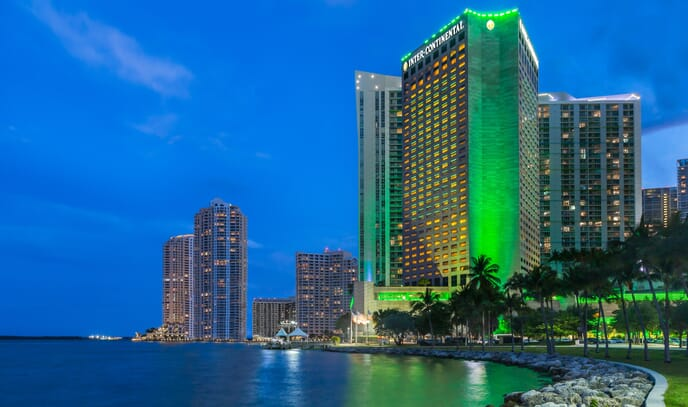 InterContinental-Miami-exterior-bay-view-night