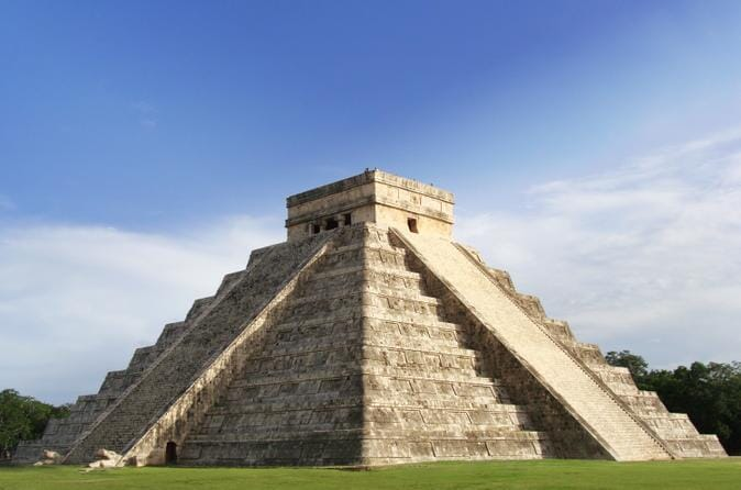 exclusive-early-access-to-chichen-itza