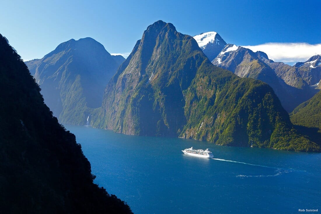 new-zealand-milford-sound-fiordland-rob-suisted_orig