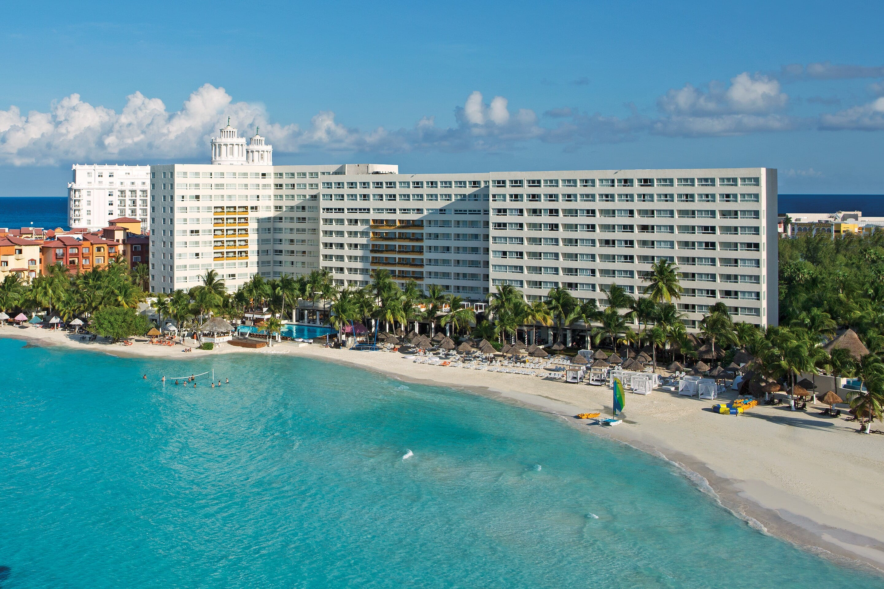 Only $1881 for (2), Dreams Sands Cancun Resort & Spa