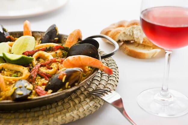 dinning-BARCELONA-Mediterranean-Restaurant
